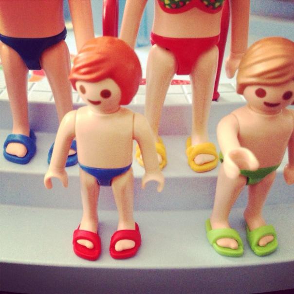 playmobil flip flops