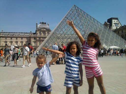 ALL 3 GIRLS PARIS